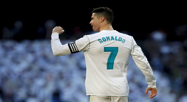 MADRID, SPAIN - FEBRUARY 24: Cristiano Ronaldo of Real Madrid CF celebrates scoring their second goal during the La Liga match between Real Madrid CF and Deportivo Alaves at Estadio Santiago Bernabeu on February 24, 2018 in Madrid, Spain. (Photo by Gonzalo Arroyo Moreno/Getty Images)